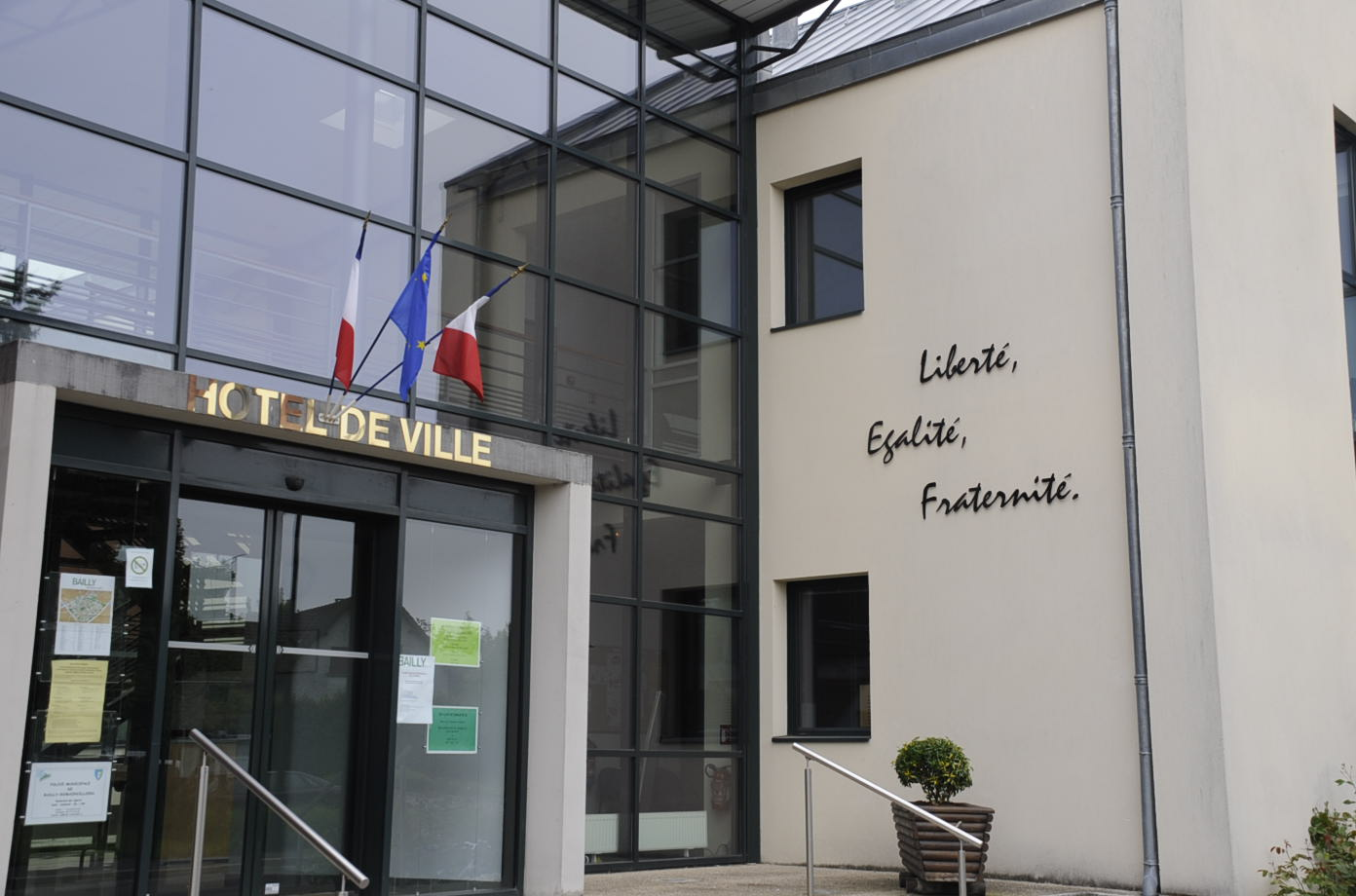 Votre mairie bailly romainvilliers for Bailly romainvilliers piscine